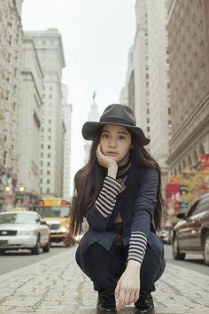一票難求!大提琴美少女歐陽娜娜生日音樂會 - 日本零食.和菓子甜蜜東京 - 和菓子 ∣ 風格達人-VOGUE時尚網 Chinese Actress, Cellos, Japanese Fashion, Pretty Face, Korean Girl Groups, Star Fashion, Girl Photos, My Idol, Asian Girl
