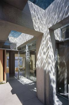 ~refractive~  Shaw House - Patkau Architects - Vancouver, Canada
