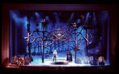 re: Favorite Set Designs (BroadwayWorld.com)