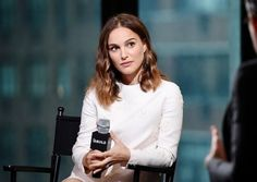 """Natalie Portman was lauded in her recent portrayal of Jackie Kennedy in the movie """"Jackie."""" (Photo : Nicholas Hunt / Staff)  Natalie Portman amazed everyone with her recent portrayal as the former first lady, Jackie Kennedy, in the movie """"Jackie."""" The director said he didn't see anyone who could play Jackie Kennedy than the stunning actress. Chilean director Pablo Larrain revealed to Vanity Fair during the Toronto Film Festival that only Natalie Portman was meant to play Jacqueline Kennedy…"""