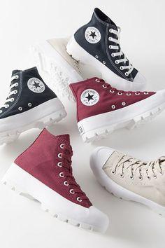 Converse – Chuck Taylor Lift – Sneaker mit Plateausohle in Schwarz mit Blumen bestickt