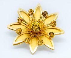 Vintage Rhinestone Brooch - Flower Rhinestone Brooch - Vintage Flower Brooch - Floral Brooch - Gift for her - Fashionista gift - Mom Gift