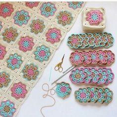 #knitting #örgü #tığişi #crochet #crocheting #follow #followmeback #followforback #rengarenk #bebek #baby #battanıye #bebekbattaniyesi #atkı #bere#şal #instagram #dantel #motif #kalp #love #crochetaddict #yıldız #star #crochetlover #çiçek #hobi #elişi