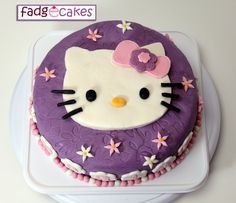 fadgecakes: Hello Kitty Purple Cake