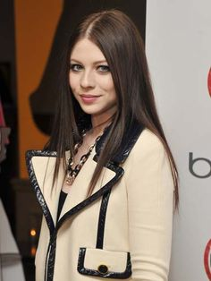 The best hair color for fall: Michelle Trachtenberg http://www.cosmopolitan.com/hairstyles-beauty/hair-care/fall-to-winter-hair-color#slide-11