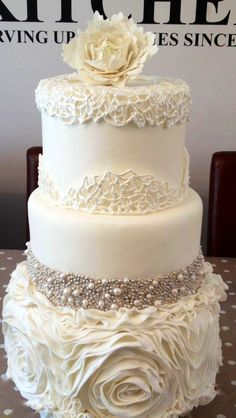 Beautiful details on this cake.