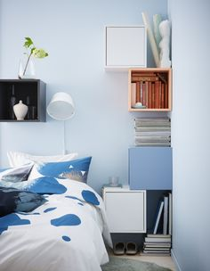 EKET kast | IKEA IKEAnl IKEAnederland slaapkamer slapen bed bedframe opbergen opbergcombinatie inspiratie wooninspiratie BOLLTISTEL dekbedovertrek