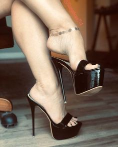 World of high heels Sexy Legs And Heels, Hot Heels, Talons Sexy, Very High Heels, Black High Heels, Pantyhose Heels, Beautiful High Heels, Killer Heels, Platform High Heels