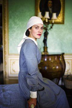 Lady Sybil--nurse during World War 1 on Downton Abbey Robert Crawley, Edith Crawley, Watch Downton Abbey, Downton Abbey Series, Lady Sybil, Hugh Bonneville, Laura Carmichael, Jessica Brown Findlay, Dowager Countess