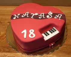 Heart music cake
