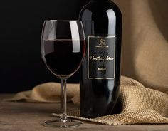 """Check out new work on my @Behance portfolio: """"Wine Vino rosso : Monsignore red wine"""" http://on.be.net/1Jlj6ID"""