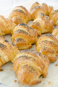 Bread Machine Recipes, Bread Recipes, Cooking Recipes, Bread Bun, Bread Cake, Lithuanian Recipes, Good Food, Yummy Food, Dinner Rolls