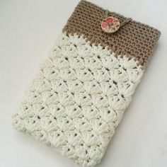 Vintage style cream & light brown tablet case, cover, gift for her, accessories £12.00