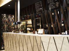 A Mundiña _ Local de hostelería en pleno centro de A Coruña, en la calle de la Estrella.