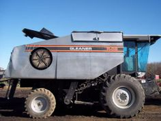 Gleaner R62 combine. This one has been salvaged and dismantled for used parts. For parts call 866-609-1260