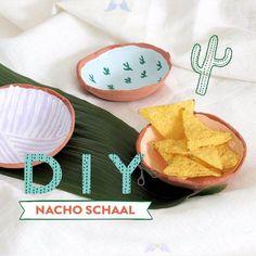 DIY: Nacho Schaal  <br> Diy Crafts Hacks, Diy Home Crafts, Diy Crafts To Sell, Polymer Clay Crafts, Diy Clay, Diy Air Dry Clay, Clay Plates, Clay Art Projects, Pottery Painting