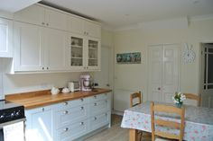 Sew Sweet Violet: At Last ..... A Kitchen Tour