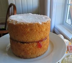 Classic Victoria Sponge, Victoria Sponge Cake, English Scones, Dry Bread Crumbs, Finger Sandwiches, Tea For One, Clotted Cream, Cooking For One, Bundt Cakes