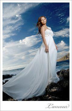 Hawaii Wedding Dress.  #hawaii #wedding #photography