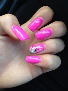 Freehand nail art #gelish #pink #acrylic #nails