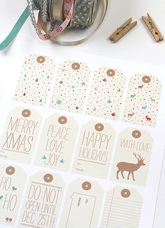 Christmas tags to put in a scrapbook or on presents. You can also make an event calender with tags saying what's on each day of the month or have tag attached to gifts that people can open. Lots of free tags here. Christmas Tags Printable, Free Printable Gift Tags, Holiday Gift Tags, Holiday Crafts, Holiday Fun, Printable Templates, Free Printables, Printable Labels, Printable Party