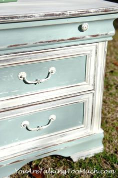 "Shabby Chic End Table.CeCe Caldwells ""Simply White and ""Smoky Mountain"" - love the white with the aqua.This look could be achieved just as well with ASCP Pure White and Provence mixed with Pure or Old White to make the pale aqua. Refurbished Furniture, Paint Furniture, Shabby Chic Furniture, Furniture Makeover, Vintage Furniture, Bedroom Furniture, Furniture Ideas, Aqua Painted Furniture, Furniture Stores"