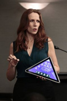 Catherine Tate returns to the US version of The Office 2/16