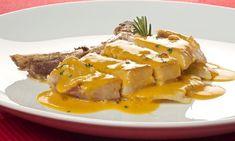 Receta de Chuleta de cerdo con salsa de mango  Más info: http://www.hogarutil.com/cocina/recetas/carnes/201211/chuleta-cerdo-salsa-mango-17133.html#ixzz2zEis2vQA