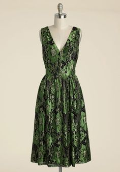 Dresses - Occasion Elation Lace Dress in Emerald