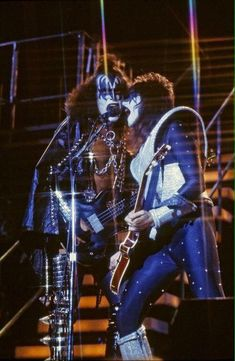 "Gene Simmons and Ace Frehley in ""Meets The Phantom"" 1978 (X) Kiss Rock Bands, Kiss Band, Hard Rock, Heavy Metal, Gene Simmons Kiss, Kiss Members, Vinnie Vincent, Eric Carr, Peter Criss"