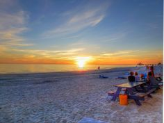 Perfect picnic spot on Fort Myers Beach