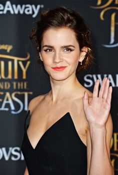 Emma Watson - Beauty and the Beast World Premiere in Los Angeles. Pinned by Lily Riverside... - Emma Watson Style