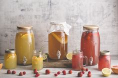 The Kilner® Kombucha Set is perfect for creating and storing your own delicious culture rich Kombucha. Kombucha is a fermented sweetened tea packed with a wealth of vitamins, antioxidants and probiotics. Best Kombucha, Kombucha Drink, Kilner Jars, Mason Jars, Kilner Drinks Dispenser, Kimchi, Fermentation Recipes, Gastro