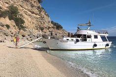 Vielseitig und reich an Highlights ist Sardinien und deshalb ein ideales Terrain für Reisemobilisten. Schöne Städte laden zum schlendern ein und immer wieder locken einmalige Badebuchten.
