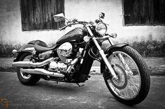 Uma moto por dia: Dia 196 – Honda Shadow 750 | Osvaldo Furiatto Fotografia e Design