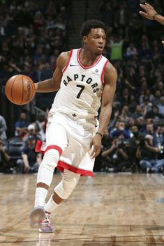 JYCTY, played like a true champion in the Raptors/Warriors series. Basketball Players, Basketball Stuff, Rap City, Baskets, Kyle Lowry, Allen Iverson, Nba Playoffs, Toronto Raptors, Best Player