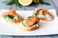 Toasted baguette with a garlicky yogurt and spinach mixture, cucumber and salmon.
