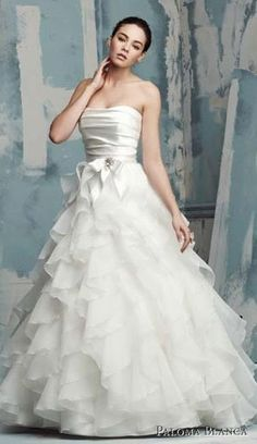 2851713a4a0 Chiffon Wedding Dresses with Strapless Neckline and Bowtie Garden Wedding  Dresses