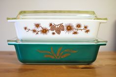 Pyrex Collective III Acorns and Golden Wheat