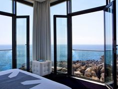 Talk about a room with a view! This is exactly where we want to spend the weekend. #wishwewerehere Image source: Design Hotels