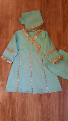Hj collection eid dress Source by malikhinasaghir dresses Pakistani Dresses Casual, Pakistani Dress Design, Eid Dresses, Fashion Dresses, Kids Dressy Clothes, Stylish Dresses For Girls, Kids Frocks Design, Baby Frocks Designs, Baby Girl Frocks