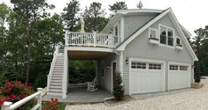Detached Garage with deck & Loft
