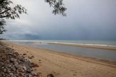 Путешествие по Таиланду. Хуа Хин. Пляж Ча-Ам.  http://rusnomad.com/index.php/strany-i-goroda/yugo-vostochnaya-aziya/thailand/367-cha-am