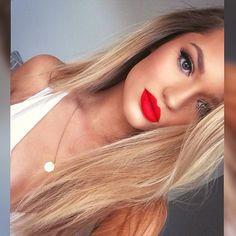 Hairstylist and makeup artist! @jessiemarieward follow me on Instagram @Beauty_Babe4u | thebeautyspotqld.com.au