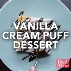 Vanilla Cream Puff Dessert Recipe The latest recipes and sweet suggestions. Cream Puff Dessert, Delicious Desserts, Yummy Food, Tasty Videos, Milk Shakes, Vanilla Cream, Whipped Cream, Desert Recipes, Sweet Recipes
