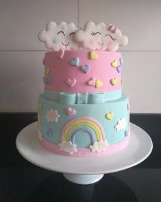 """Tia Cacau - By Cláudia Bastos no Instagram: """"É apaixonada q fala???? E a delicadeza desse tema tem pintado toda semana por aqui... Tão lindooooo... Chuva de amor pra comemorar o chá…"""" Cupcakes, Cupcake Cakes, Cloud Cake, Baby Birthday Cakes, Cake Baby, Rainbow Food, Rainbow Baby, Girl Cakes, Fondant Cakes"""