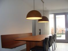 In verschillende diameters en kleuren te krijgen, ook met LED verlichting.
