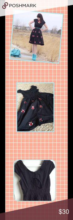 🌼🌼🌼Spring sale!Adorable eshakti owl dress. Black Eshakti owl dress. Open back detail. Size medium/8 eshakti Dresses