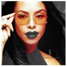 #wcw Who is the L.I.Y.A.H.? #aaliyah #aaliyahnation #aaliyahhaughton #aaliyahforever #weloveaaliyah #queenofurbanpop #womancrushwednesday…