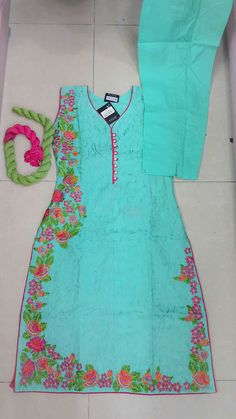 #pintrest@Dixna deol Embroidery Suits Punjabi, Kurti Embroidery Design, Embroidery Dress, Hand Embroidery, Embroidery Stitches, Designer Punjabi Suits, Indian Designer Wear, Salwar Designs, Blouse Designs